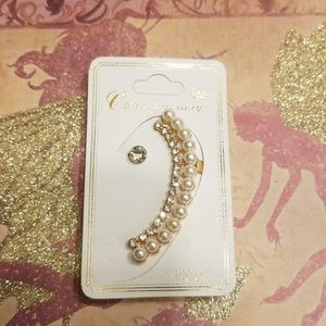 Crystal & Pearl Gold Earring Cuff